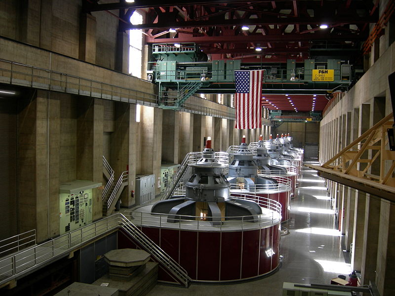 Hoover_Dam_machines.jpg